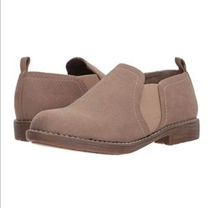 CLIFFS BY WHITE MOUNTAIN Twin Gore Shoes